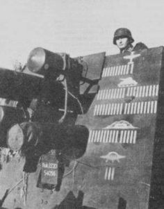 88` Flakcannon eastern front ... I have a question: this gun crew has destroyed planes, tanks, bunkers and.... 3 UFO's?