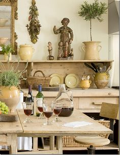 Designer Jane Moore, Photo Peter Vitale via Cote De Texas. Cool colours and a little chaos, a winner! French Cottage, French Country House, Country Living, French Decor, French Country Decorating, Jane Moore, Moore Kitchen, Rustic Kitchen, Kitchen Dining