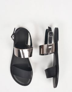 Two Toned Metallic Sandals –  $16 #NewOnTheAVE #2020AVE
