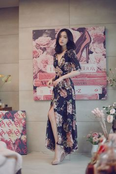 2019 New Summer Seaside Holidays Bohemian High waist Chiffon Beach print Dress Sexy Fashion V-neck Slim Women Clothing Korea Fashion, Asian Fashion, Girl Fashion, Cheap Dresses, Sexy Dresses, Fashion Dresses, Asian Woman, Asian Girl, Korea Dress