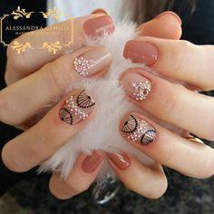 No hay descripción de la foto disponible. Summer Toe Nails, Short Nails Art, Nail Art Videos, Nail Decals, Nail Trends, Trendy Nails, Nail Arts, Pedicure, Nail Colors