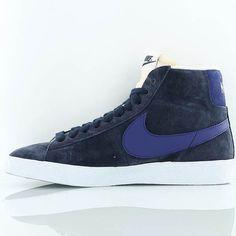 Nike Blazer Mid Suede W chaussures noir