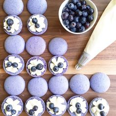 Blueberry cheesecake macarons by @listentothefoodalready #macaronslady #blueberry #cheesecake #beautifulcuisines