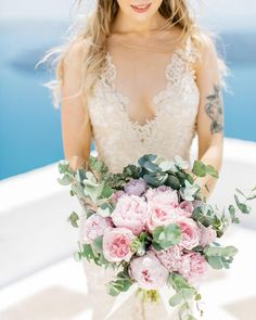 Alexandra's lush pink and rad are simply the DEFINITION of island elegance with a twist. Santorini Wedding, Greece Wedding, Pink Bouquet, Flower Bouquets, Wedding Locations, Wedding Venues, Church Wedding, Greek Islands, Wedding Trends