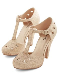 lovely glittery t-strap heels  http://rstyle.me/n/t3pgzpdpe