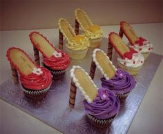 Creative Cupcake Ideas: High Heel Cupcakes.