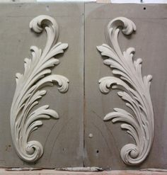acanthus leaves architecture definition - Google Search Stone Carving, Wood Carving, Filigrana Tattoo, Plaster Art, Pattern And Decoration, Stuck, Carving Designs, Idee Diy, Architecture Details