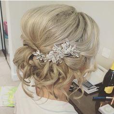 My beautiful wedding hair from last week