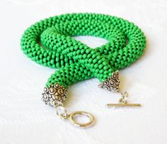 Green Necklace Crochet The ESSENTIAL CROCHET by luthienart76, €24.00