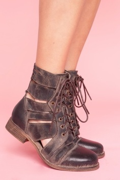 Jeffrey campbell boots at www.shopnastygal.com 145$