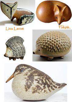 Shelf with ceramic animals  Fishinkblog 8148 Lisa Larson