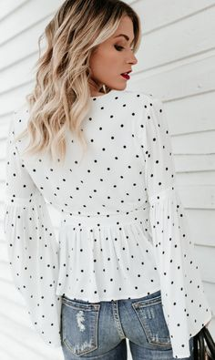65e6c33a01c772 Details  Material  Chiffon Neckline  V Neck with front self-tie Sleeve  Length  Flare long sleeve Pattern Type  Polka dot Features  Peplum ...