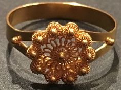 18k Filigree rings created by Colombian goldsmiths