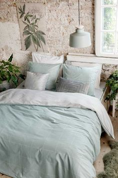 Square Feet - Go for a stress-free night's sleep under the Walra Square Feet in jade Room, Green Bedding, Dream Room, Interior Inspiration, Bedroom Inspo, Bed Sheets, Bed, Bedroom Blanket, Bedroom Styles