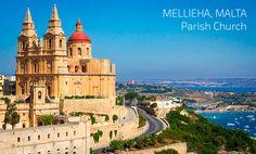 Estudia en la ciudad de Mallieha Malta.
