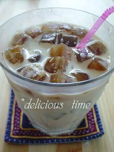 Cafe ☆ ice coffee a house.