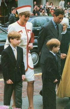 Charles and Diana taking William and Harry to church during their tour of Toronto Oct 1991