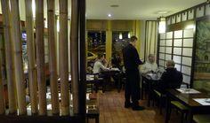 Bambuszliget Japán Étterem & Sushi Bár Budapest, Sushi, Places To Go, Drink, Room, Furniture, Home Decor, Bedroom, Beverage