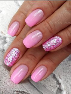 Beautiful Glittering Short Pink Nails Art Designs Idea For Summer And Spring - Lily Fashion Style Manicure Colors, Nail Polish Colors, Nail Manicure, Colorful Nail Designs, Nail Art Designs, Short Pink Nails, Gel Powder Nails, Fingernail Designs, Pink Nail Art