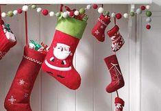 DIY sencillas ideas para decorar en navidad Christmas Stockings, Christmas Cards, Christmas Ideas, Ideas Para, Decoupage, Recycling, Lily, Holiday Decor, Fun