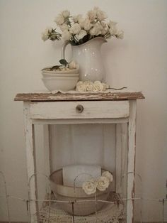 . . . Cabin & Cottage : White Roses