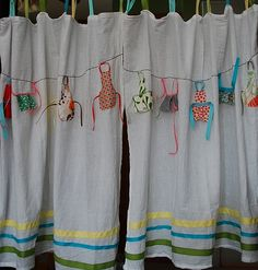 Sewing Curtains These wouldn't go in my kitchen but I think they're adorable! Curtains made from flour sack towels embellished with aprons from fabric scraps, ribbon Laundry Room Curtains, No Sew Curtains, Cafe Curtains, Kitchen Curtains, Laundry Rooms, Kitchen Towels, What A Nice Day, Sewing Crafts, Sewing Projects