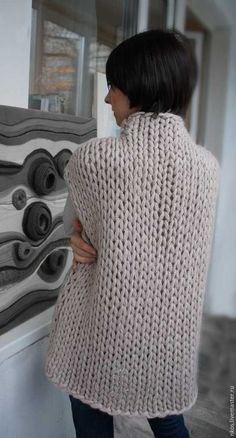 Knitwear Fashion, Knit Fashion, Crochet Clothes, Diy Clothes, Oversized Cardigan Outfit, Hand Knitted Sweaters, Cardigan Pattern, Knit Vest, Loom Knitting