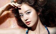 """日本でもおなじみの韓国の天然美人女優""""キム・テヒ""""にそっくりな韓国芸能人をまとめてみました♡似ている&みんなとっても美人でびっくり(゚д゚)!"""