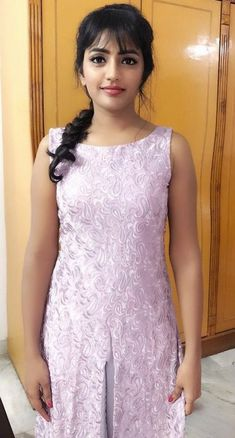 Most beautiful and pretty girl in south india Beautiful Girl In India, Beautiful Girl Photo, Most Beautiful Indian Actress, Beautiful Asian Girls, Beautiful Gorgeous, Beautiful Women, Beautiful Hijab, Stylish Girl Images, Stylish Girl Pic