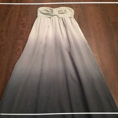 """❣SALE❣Ombré Maxi Dress Ombré is it! I've worn this with and without straps, you can easily tuck them in if you don't want them to show! I'm 5'3"""" and this sits right at the floor when worn. 70% Cotton 30% Silk Inner lining is 100% Polyester.   Need any other information? Measurements? Materials? Feel free to ask! Don't be shy, I always welcome reasonable offers! Fast shipping! Same or next day! Sorry, no trades!   Happy Poshing!☺️ Dresses Maxi"""