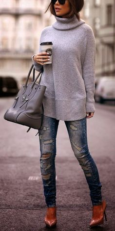 Luv to Look | Curating Fashion & Style: Street style ripped jeans, oversize sweater and heels