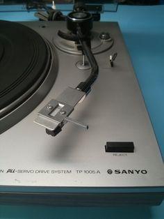 Table tournante sanyo tp 1005a 1988 turntable vendu for Table tournante