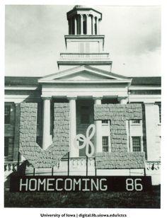Homecoming corn monument, The University of Iowa, 1986 http://digital.lib.uiowa.edu/cdm/ref/collection/ictcs/id/3814