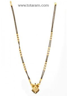 22 Karat Gold Mangalsutra Black Beads Chain with Cz Gold Jewelry Simple, Simple Necklace, Gold Necklace, Indian Gold Jewellery Design, Jewelry Design, Gold Mangalsutra, Gold Designs, India Jewelry, Gold Bangles