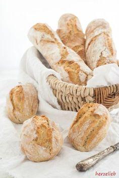 Grilling Recipes A recipe for a fluffy baguette or 6 deliciously crispy bread rolls Bread Bun, Bread Rolls, Cooking Bread, Bread Baking, Grilling Recipes, Cooking Recipes, Bread Recipes, Snack Recipes, Bread Starter