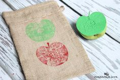 apple stamped gift bags horizontal