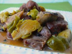 Fårikål is a traditional Norwegian stew of lamb and cabbage that is commonly consumed throughout the year. In fact it is so well loved throughout the country that it is the first Norwegian recipe that my forlovede (fiancé) asked me to make for him.