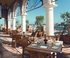 Al Fresco Dining At The Balboa Bay Resort Peninsula Restaurant Newport Beach Restaurants Waterfront