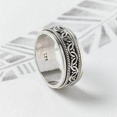 3b3f489eac6 Celtic Sterling Silver Spinning Ring Rings For Men
