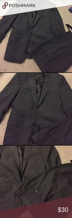 Men Suit 38R Nice new no tags by English Laundry! Suit is 38 R slim, pants are 34/30 straight slim! Nice dress suit! English Laundry Suits & Blazers Suits
