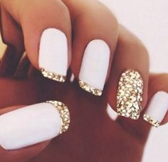Matte white nails with a glitter gold tip | Pinterest