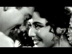 Chaand Jaane Khahaan - Sunil Dutt, Meena Kumari, Main Chup Rahungi Song (Duet) - YouTube