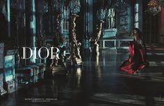 Rihanna visits Versailles as the latest celebrity face of Dior. The world renown beauty connects with fashion photographer Steven Klein for Dior's Secret Garden… Rihanna Dior, Rihanna Fenty, Rihanna Nails, Rihanna Vogue, Rihanna Fashion, Natalie Portman, Jennifer Lawrence, Rihanna Looks, Rihanna Style