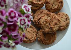 Mlsná máma : Perníkové muffiny z červené čočky Cookies, Breakfast, Desserts, Food, Crack Crackers, Morning Coffee, Tailgate Desserts, Deserts, Biscuits