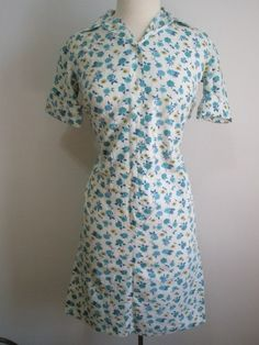 During the depression and into the war years, fabrics were in short supply and high demand. Flour and feed manufacturers began releasing gorgeous prints to take advantage of the mend and make do effort at home.