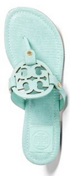And this classic #ToryBurch sandal is now available in #mint! http://rstyle.me/n/hiv6hnyg6