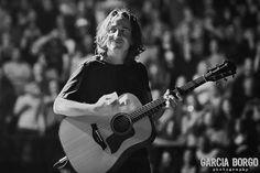 Stone Gossard ..sweet smile | Pearl Jam | San Diego 2013