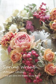 リースを飾ればあっという間に春気分♪ドライフラワーアレンジ講座<ハートの春リース>|大阪 ドライフラワー花教室Atelier Chili