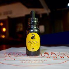 Moon Rabbit  Special gridded peanut covered in strawberry mochi.  Made in Indonesia.  Vanillacube.com  #vaporizer #personalvaporizer #eliquid #indonesianliquid #moonrabbit #vanillacube