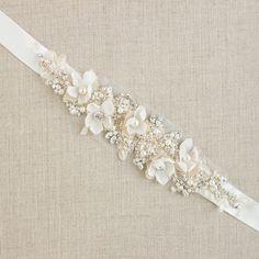 Bridal belt sash Wedding dress belt sash Floral belt sash Floral bridal sash Bridal lace sash Vintage rustic style sash Ivory Champagne by LeFlowers on Etsy https://www.etsy.com/listing/103683249/bridal-belt-sash-wedding-dress-belt-sash